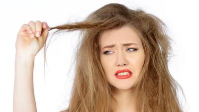 Ragam Cara Meluruskan Rambut dengan Minyak Zaitun, Mudah Kok Moms!