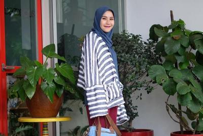 Ragam Baju Tunik Terbaru, Bisa Jadi Inspirasi Moms Tampil Cantik Setiap Hari