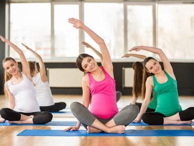 Usia Kandungan Berapa Sih Mommy Boleh Mulai Senam Hamil Muda?