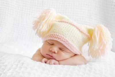 Manfaat Topi untuk Bayi Baru Lahir, Mommy Harus Tahu!