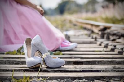 Pilihan Sepatu Hak Tinggi Model Terbaru yang Bikin Penampilan Moms Makin Cetar