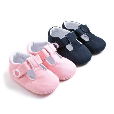 Sepatu Bayi Baru Lahir