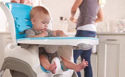 Usia Berapa Sebaiknya Mulai Pakai Kursi Makan Bayi? Pastikan Si Kecil Sudah Siap Ya, Moms!