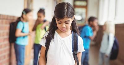 Waspada Anak Mengalami Bullying di Sekolah, Kenali Tanda-tandanya, Moms!