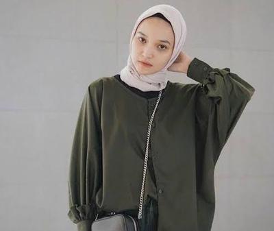 3. Perpaduan Warna Baju Hijau