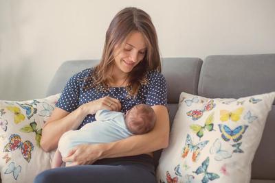 Biar Tetap Kencang, Ini Tips Perawatan Payudara untuk Ibu Menyusui