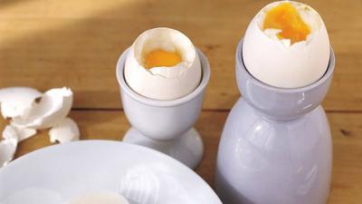 Bosan Makan Telur yang Itu-itu Saja? Intip Cara Memasak Telur ala Chef ini Moms!