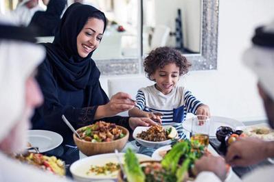 Tips Membangunkan Si Kecil Sahur di Puasa Ramadan Pertama Mereka