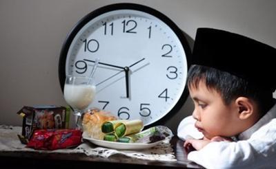 Jelang Ramadan 2019, Yuk Beri Pemahaman Tentang Puasa Pada Si Kecil
