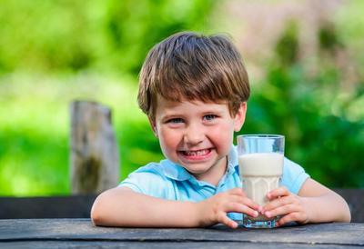 Rekomendasi Susu Penggembuk Badan untuk Menunjang Tumbuh Kembang Anak