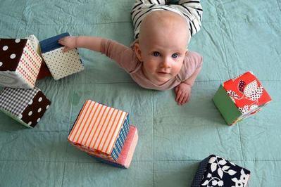 DIY Mainan Bayi 3 Bulan
