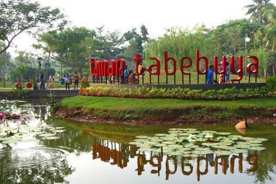 Liburan Gak Harus Mahal, Cek 10 Tempat Wisata di Jakarta Selatan yang Bisa Moms Kunjungi