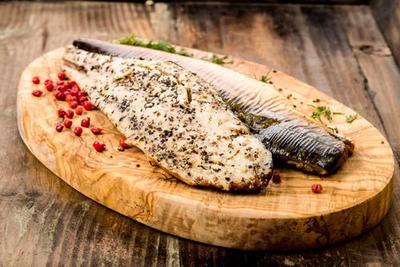 Lezat dan Kaya Nutrisi, Begini Cara Memfillet Ikan Tenggiri Serta Tips Menyimpannya