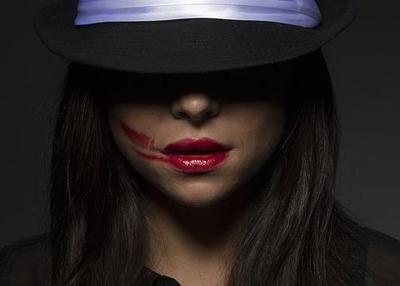 Jangan Sampai Salah Moms, Ini Dia Warna Lipstick yang Cocok untuk Bibir Hitam