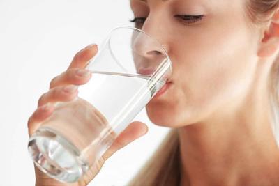 Perbanyak Minum Air Putih