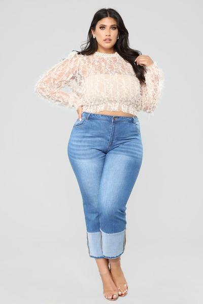 4 Model Celana Jeans yang Cocok Untuk Pemilik Tubuh Gemuk