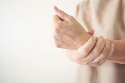 Cara Mencegah Tangan Kanan Kesemutan