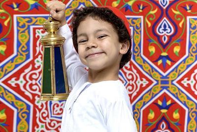 Selain Puasa, Ini Pendidikan Agama yang Bisa Diajarkan ke Anak Selama Ramadhan
