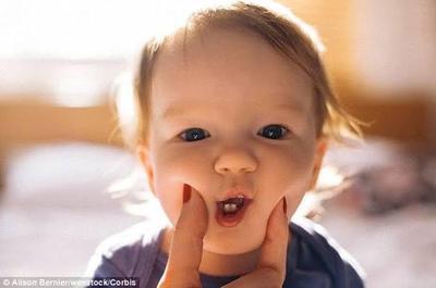 Jangan Terlalu Menjaga Bayi Agar Bebas Kuman