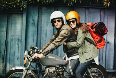 Selamat Sampai Tujuan, Ini Moms Tips Mudik Aman Ibu Hamil dengan Sepeda Motor