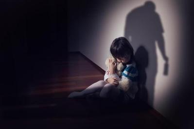Cegah Pelecehan Seksual Pada Anak, Ajarkan Mana yang Boleh dan Tidak Boleh Dilakukan