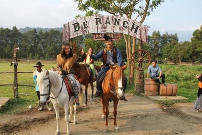 1. De' Ranch