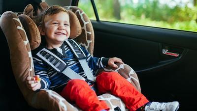 4 Langkah Mencegah Anak Bosan dan Rewel Saat Terjebak Macet