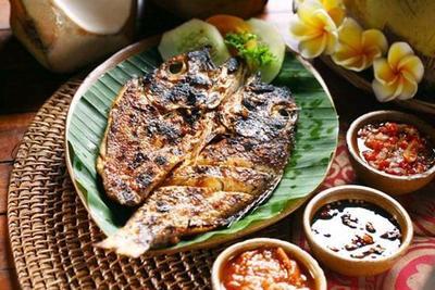 2. Ikan Etong Bakar