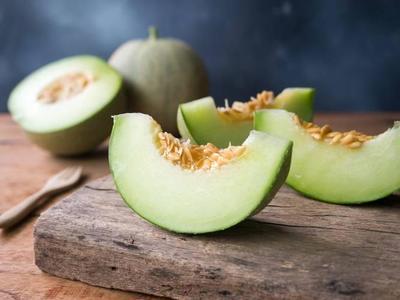 Buah Melon untuk MPASI Bayi? Ketahui Dulu Tips Memilih dan Mengolahnya, Moms