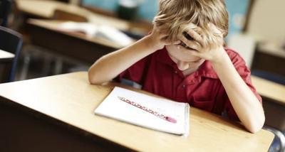 5 Cara Membuat Anak Rajin Belajar, Ajarkan Disiplin Sejak Dini Yuk, Moms!