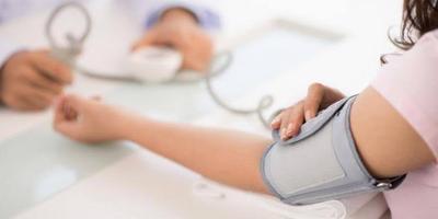 Kenali Ciri-ciri Tubuh Kekurangan Gula Darah, Cari Tahu Juga Cara Mengatasinya Yuk!