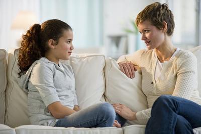 5 Hal yang Harus Dilakukan Jelang Menstruasi Pertama Anak Perempuan