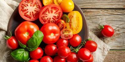 Cara Memanfaatkan Tomat Untuk Rambut