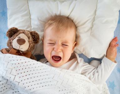 Bayi Terlalu Banyak Makan? Kenali 10 Tanda Ini Moms!