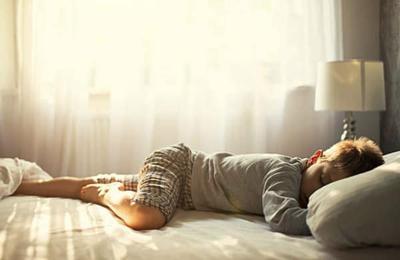 Tips Anak Mandiri, Ini 5 Cara Ampuh Agar Anak Berani Tidur Sendiri