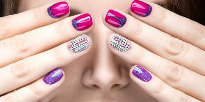 8 Langkah Mudah Manicure Kuku Sendiri di Rumah, Murah dan Menyenangkan!