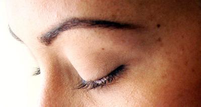 5 Langkah Perawatan Alami untuk Memanjangkan dan Menebalkan Bulu Mata