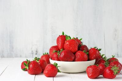 4. Buah Strawberry