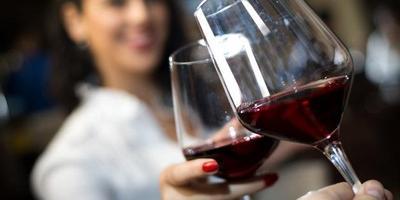 Konsumsi Minuman Beralkohol