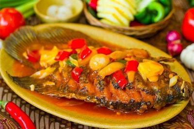 Pasti Jadi Favorit! Ini 4 Resep Ikan Gurame untuk Menu Makan Malam Keluarga