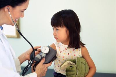 Kenali Gejala Hipertensi Pada Anak, Apa Penyebab dan Bagaimana Pencegahannya?