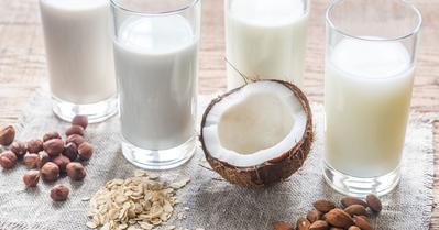 Buat Pecinta Kopi, Coba Yuk Tips Membuat Kopi Susu yang Lebih Menyehatkan!