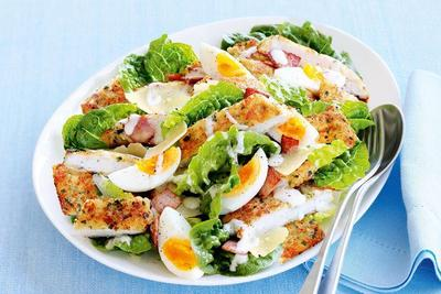 Resep Caesar Salad, Makanan Sehat yang Lezat untuk Santap Siang