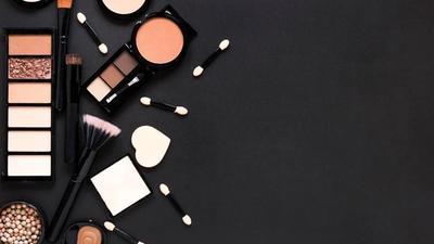 Moms, Ini 5 Hal yang Harus Diperhatikan Sebelum Memakai Makeup