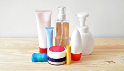 5. Perlengkapan Mandi dan Skincare