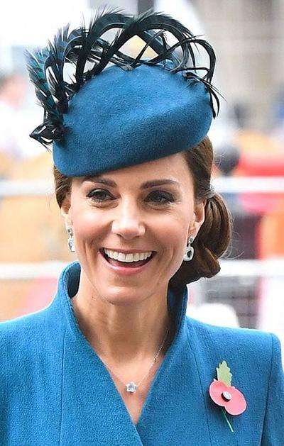7 Inspirasi Gaya Rambut Ala Kate Middleton, Kunci Sukses Penampilan Anggun Berkelas!