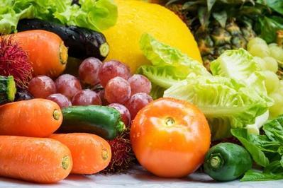 3. Beri Asupan Nutrisi untuk Kesehatan Mata