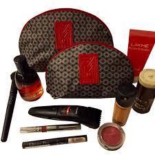 Makeup dan Aksesoris