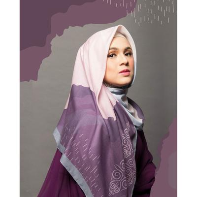 Mulai Bisnis, 5 Artis Ini Buka Usaha Hijab Online