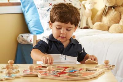 Rekomendasi Mainan Edukatif Terbaik untuk Anak Sesuai Tahapan Usia